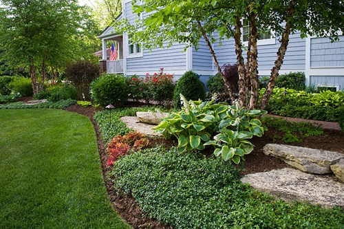 Flower Amp Landscape Bed Maintenance Lawn Care Madison Wi
